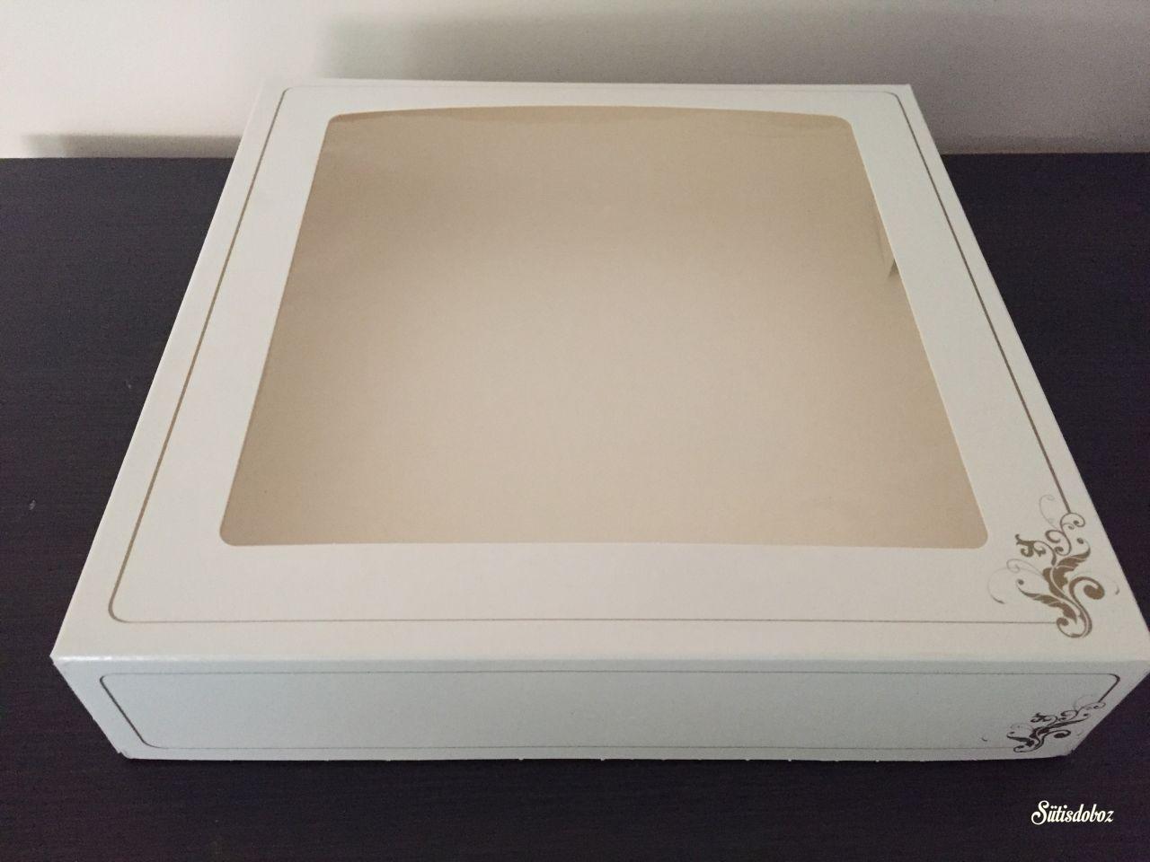 Ablakos süteményes doboz 25x25x5cm 1db
