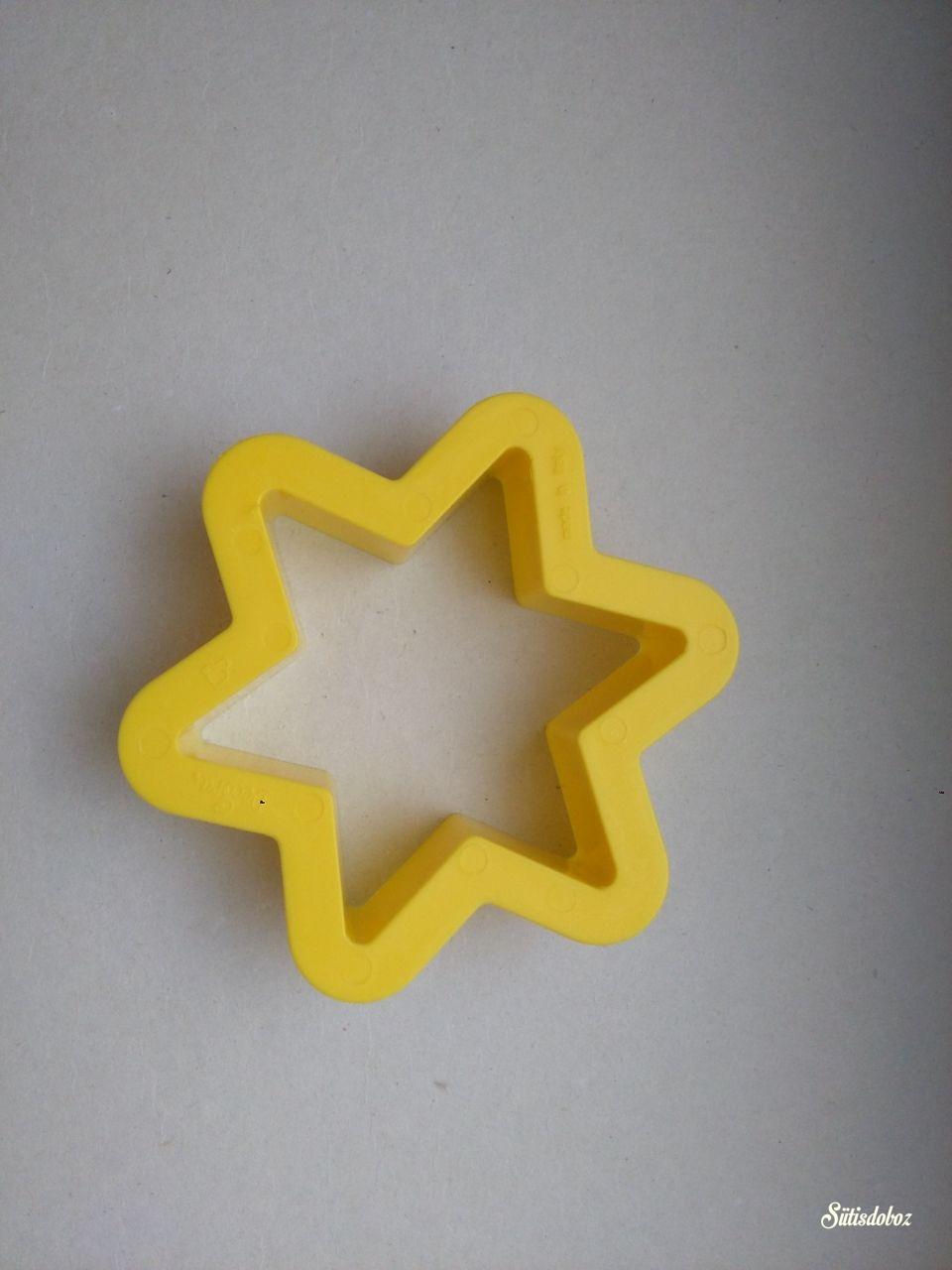 Decora karácsonyi kiszúró 1db - Csillag