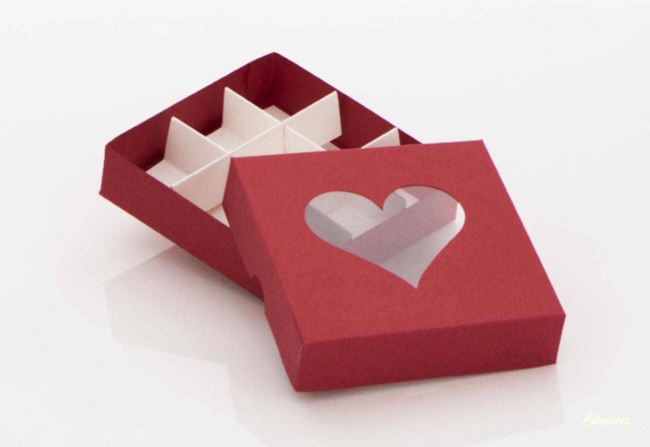 Piros szíves bonbonos doboz 110 x110 x 30 mm